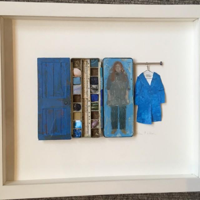 Blue £750